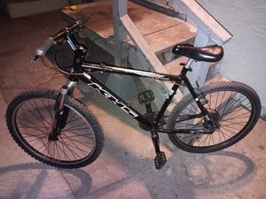 KHS Alite 50 Disc Mountain Bike 19 in Frame 24 Speed $350.00 for Sale in Los Angeles, CA