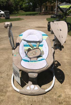Ingenuity portable swing for Sale in Dallas, TX