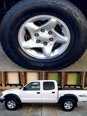 $1,4OO I'm selling urgentl 2OO4 Toyota Tacoma. for Sale in Columbus, OH