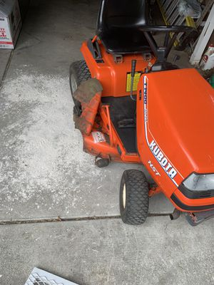 Kubota HST Lawn mower tractor for Sale in Woodburn, OR