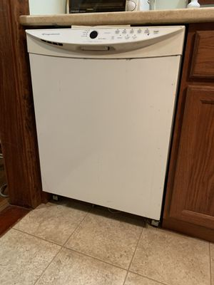 KitchenAid Dishwasher for Sale in Old Orchard Beach, ME