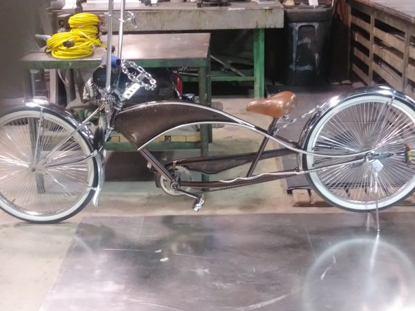 Dino. Streched lowrider cruiser .SPIDER CUSTOMS
