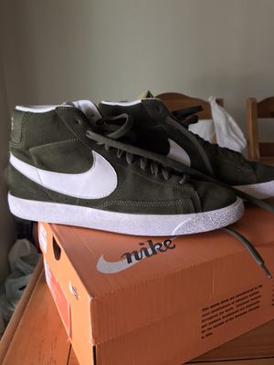 Size 9 blazer Nike shoes for Sale in Riverside, CA