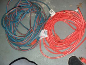 50 ft I door/outdoor extension cords for Sale in Tinley Park, IL