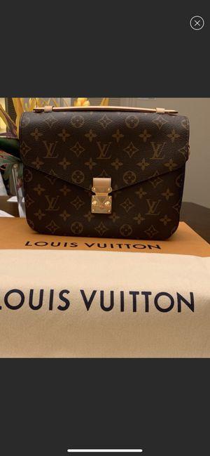 Louis Vuitton Métis Pouchette Monogram Crossbody NEW AUTHENTIC for Sale in San Diego, CA