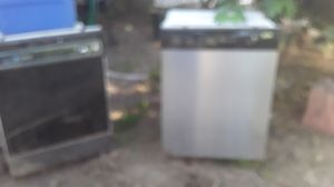 don't work don't know what's wrong with it two free dishwashers must take both for Sale in Rialto, CA