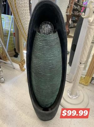 Large fountain for Sale in Chicago, IL