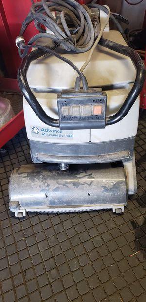 Floor scrubber Advance Micromatic 14 E for Sale in Whittier, CA