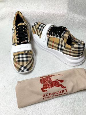 BURBERRY SHOES for Sale in Boca Raton, FL