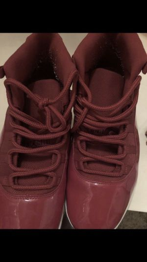 Jordan retro 11 red size 13 for Sale in The Bronx, NY