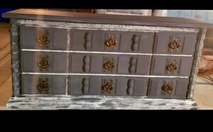 Grey /white distressed dresser for Sale in Channelview, TX