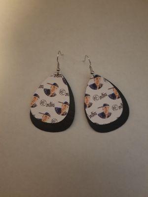 Country Singer earrings for Sale in Salt Rock, WV