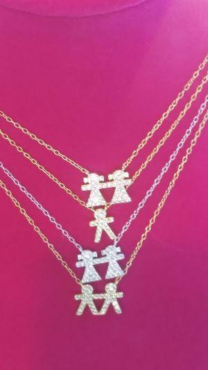 Bracelets,necklaces, for Sale in Miami, FL