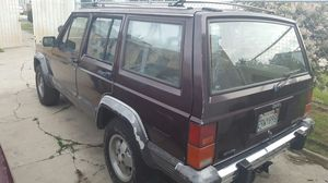 1990 JEEP CHEROKEE LAREDO STRONG V6 4.OL for Sale in Beverly Hills, CA