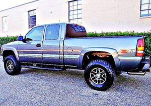ֆ12OO 4WD Chevrolet Silverado 4WD for Sale in Great Falls, VA