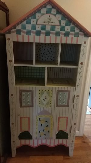 Children's bookcase *hand painted* for Sale in Lynnwood, WA