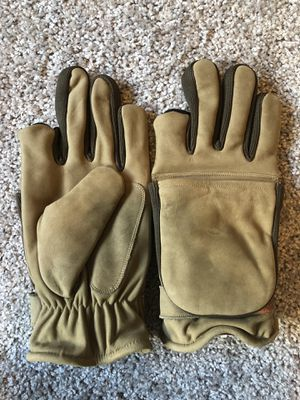 Nubuck hunting gloves for Sale in Fort Worth, TX