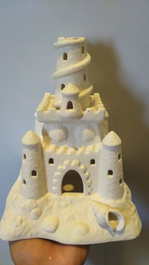 Ceramic Fish Tank sand castle for Sale in Phoenix, AZ