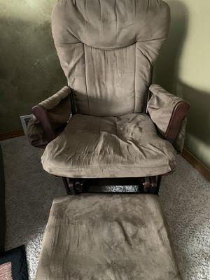 rocking chair for Sale in Appleton, WI