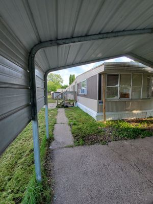 1976 Marshfield Moblie home for Sale in Moline, IL