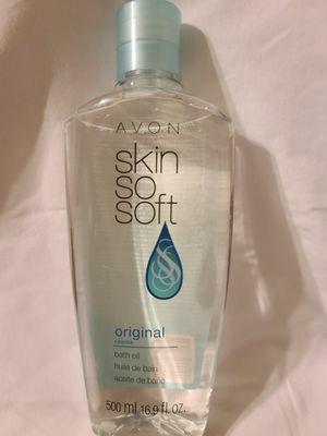 Skin so soft body oil by AVON. NEW 16 OZ for Sale in Los Angeles, CA