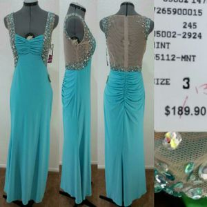 New size 3 dress for Sale in Tempe, AZ