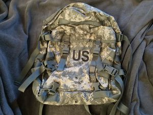 ARMY ACU 3 Day Backpack with back stiffener for Sale in Romeoville, IL