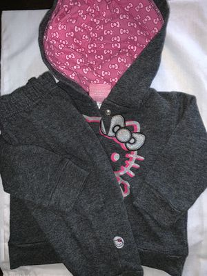 Baby girl 2 piece sweatsuit size 6/9 months for Sale in Portland, OR