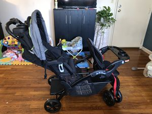 Double Stroller for Sale in Elizabeth, NJ