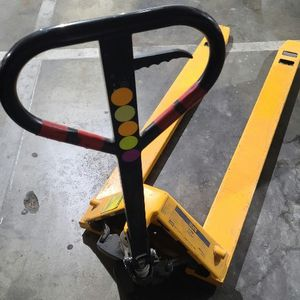 """🛑LIQUIDATION SALE🛑 $$200$$$ Uline Pallet Truck - Long Fork, 72 x 27"""", 3300 Lb Capacity, LIKE NEW $$$200$$$ for Sale in Los Angeles, CA"""