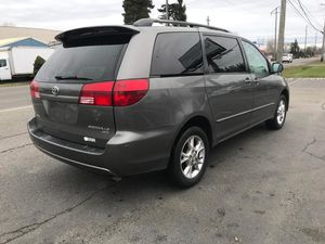 2005 Toyota Sienna AWD 210k for Sale in Tacoma, WA