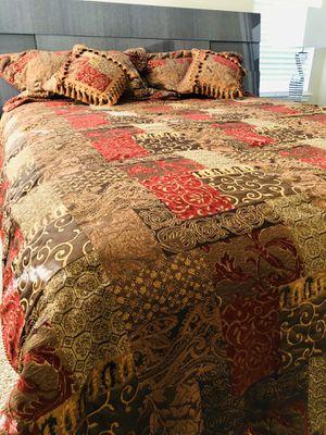 Duvet, Blanket California King for Sale in Antelope, CA