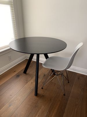 Mid century Modern Breakfast Table for Sale in San Francisco, CA