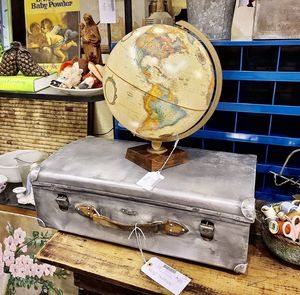 Vintage Globe and Vintage Metal Suitcase for Sale in Savannah, GA