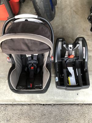 Graco SnugRide Infant Car Seat w/ Safety Surround Technology for Sale in Oceano, CA
