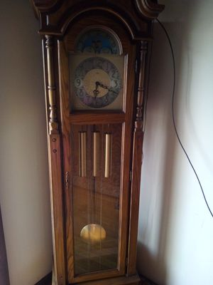 Antiques clock from the 70s for Sale in Grove City, OH