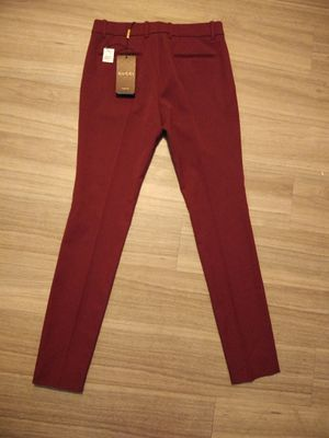 Women's Gucci pants 28/ US size 4 for Sale in Las Vegas, NV