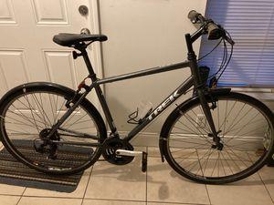 Trek hybrid bike, medium size for Sale in Pompano Beach, FL