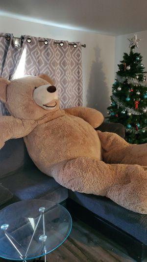 8 foot longe teddy bear 🧸 for Sale in Federal Way, WA