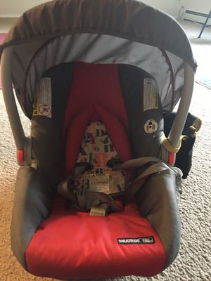 GRACO CAR SEAT WITH BASE for Sale in Liverpool, NY