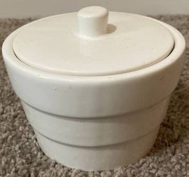 White Porcelain Pot Storage Organizer Compote Candy With Lid Home Decoration Accent for Sale in Chapel Hill,  NC