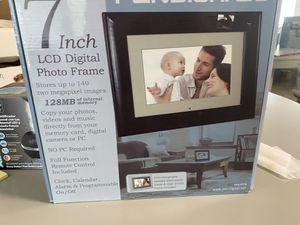 Digital Photo Frame for Sale in Kissimmee, FL