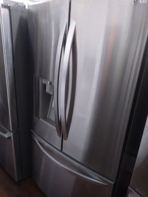 LG French door like new condition for Sale in Whittier, CA
