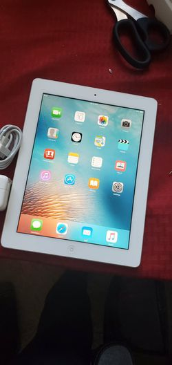 iPad 2 | 2nd Generation | Wi-Fi Internet access | 9.7 inch big size iPad | Usable with Wi-Fi ONLY for Sale in Springfield,  VA