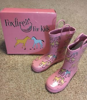 Girls Rain Boots Size 13 - BRAND NEW in BOX for Sale in Burleson, TX