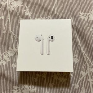 Apple Airpods (1st Gen) Read Description for Sale in Trenton, NJ