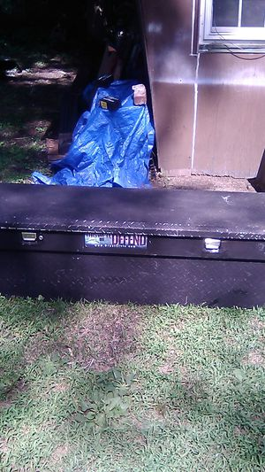 Pick up tool box for Sale in Lawrence, MA