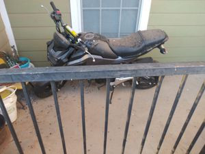 2018 motorcycle 1.500 miles clean title for Sale in Lubbock, TX