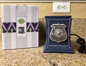 Scentsy Protect & Serve Warmer *New In Box* for Sale in Rancho Cucamonga, CA