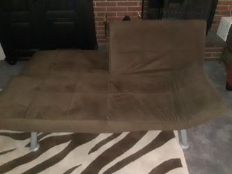 Brown Futon Couch for Sale in Loma Linda,  CA